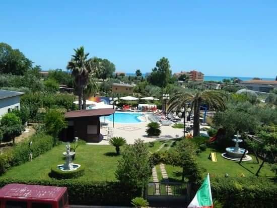 piscina-hotel-Marina